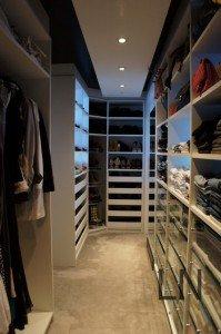Closet e Sapatos são objetois de desejos das mulheres