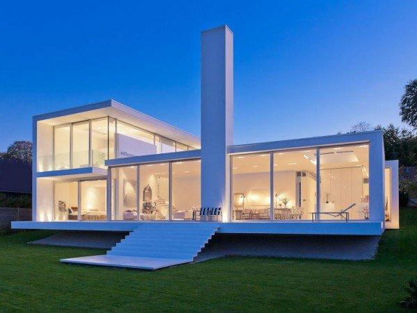 A casa de vidro alia tecnologia e arquitetura